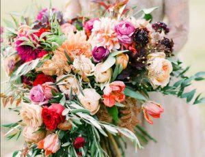 راهنمای انتخاب بهترین دسته گل عروسی