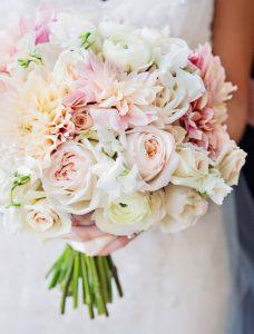 معنی گل دسته گل عروس